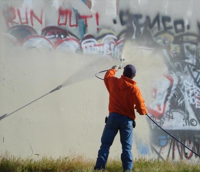 Cleaning Vandalism and Graffiti Cleanup